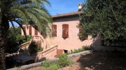 Maison Mougins &bull; <span class='offer-area-number'>230</span> m² environ