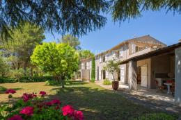 Villa Mougins &bull; <span class='offer-area-number'>250</span> m² environ &bull; <span class='offer-rooms-number'>7</span> pièces