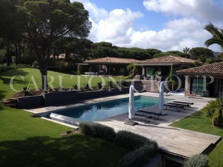 Maison de luxe à louer RAMATUELLE, 350 m², 5 Chambres