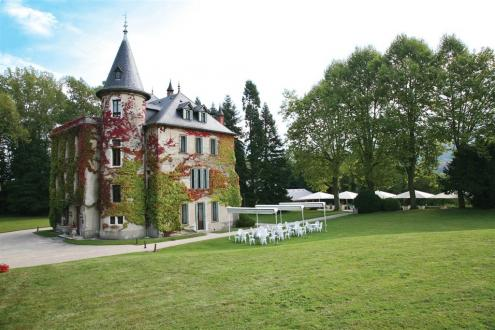 Luxury Castle for sale CHAMBERY, 525 m², 7 Bedrooms, € 3 500 000