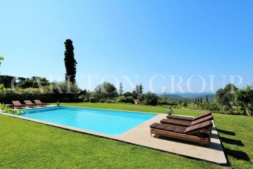 Casa di lusso in vendita VENCE, 200 m², 4 Camere, 1495000€