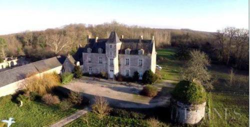 Luxury Castle for sale NANTES, 600 m², 9 Bedrooms, € 1 712 000
