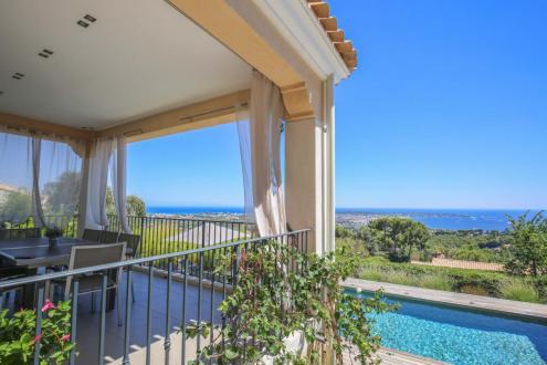 Villa de luxe à vendre LE GOLFE JUAN, 400 m², 5 Chambres, 3450000€