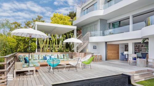 Maison de luxe à louer CAP D'ANTIBES, 420 m²