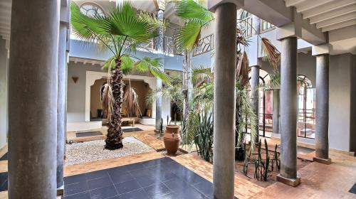Maison de luxe à vendre Maroc, 640 m², 7 Chambres, 640000€
