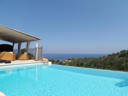 Proprietà di lusso in vendita SOLENZARA, 220 m², 4 Camere, 950040€
