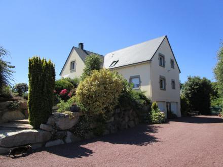 Поместье класса люкс на продажу  SAINT GERMAIN SUR AY, 194 м², 5 Спальни