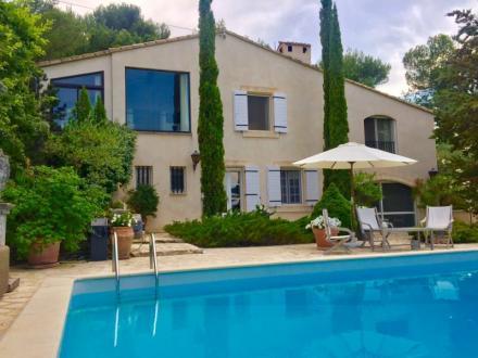 Maison de luxe à louer VAISON LA ROMAINE, 190 m², 3 Chambres