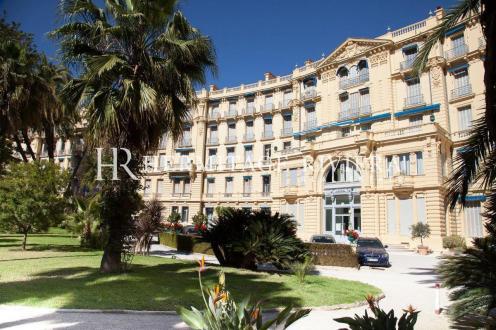 Appartement de luxe à louer BEAULIEU SUR MER, 120 m², 2 Chambres