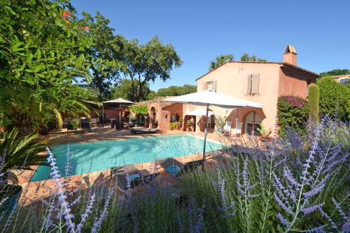 Luxury House for rent SAINT TROPEZ, 250 m², 4 Bedrooms,