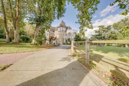 Luxus-Haus zu verkaufen CHAMPAGNE SUR OISE, 946 m², 7 Schlafzimmer