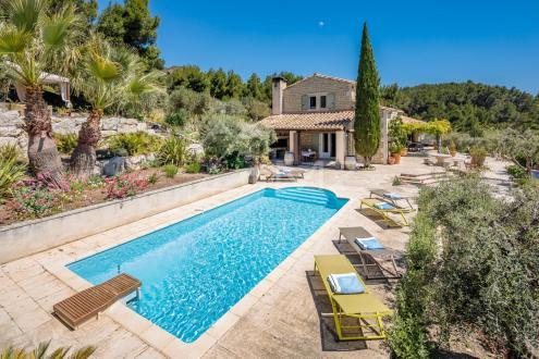 Maison de luxe à vendre LES BAUX DE PROVENCE, 190 m², 6 Chambres, 3200000€