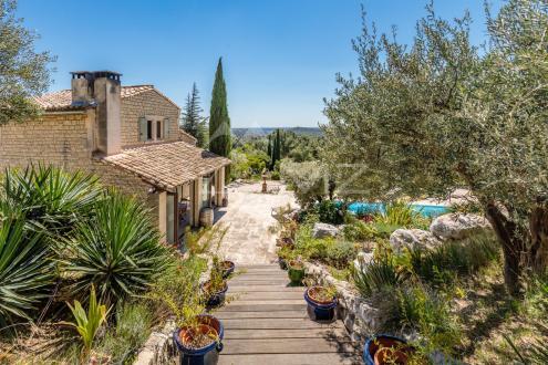 Luxury House for sale LES BAUX DE PROVENCE, 190 m², 6 Bedrooms, €3200000