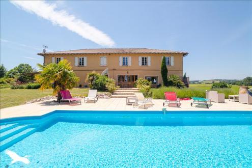 Дом класса люкс на продажу  SAMATAN, 420 м², 6 Спальни, 728000€