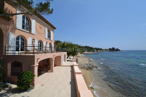 Luxury House for rent GRIMAUD, 350 m², 5 Bedrooms