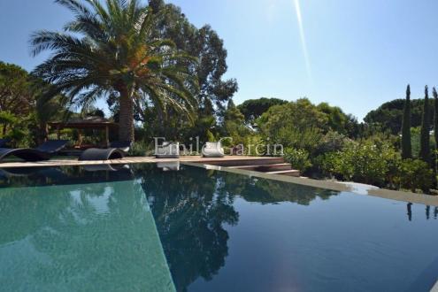Luxury House for rent SAINT TROPEZ, 320 m², 6 Bedrooms,