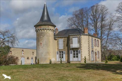 Maison de luxe à vendre GUERET, 287 m², 6 Chambres, 710000€