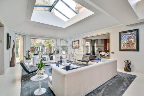 Luxus-Bürgerhaus zu verkaufen PARIS 16E, 424 m², 3 Schlafzimmer, 10500000€