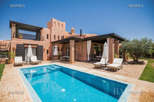 Maison de luxe à vendre MARRAKECH, 350 m², 5 Chambres, 695000€