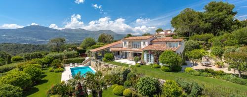 Casa di lusso in affito SAINT PAUL, 279 m², 4 Camere,