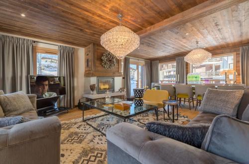 Luxury Chalet for rent MEGEVE, 172 m², 4 Bedrooms,
