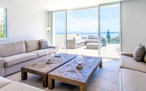 Maison de luxe à louer cannes 400 m² 8 chambres
