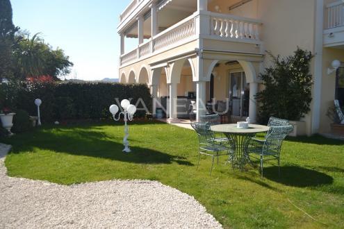 Luxus-Wohnung zu verkaufen MANDELIEU LA NAPOULE, 89 m², 3 Schlafzimmer, 649000€