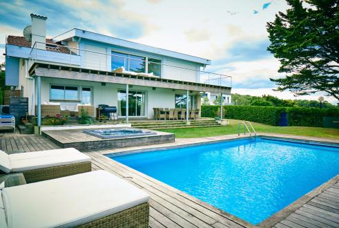 Luxury House for rent ANGLET, 300 m², 7 Bedrooms,