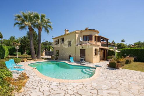 Luxury House for sale MOUGINS, 160 m², 3 Bedrooms