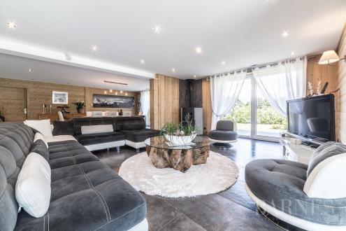 Luxury Chalet for sale COMBLOUX, 255 m², 4 Bedrooms, €1475000
