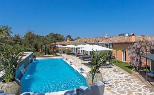 Appartement de luxe à louer GASSIN, 600 m², 7 Chambres