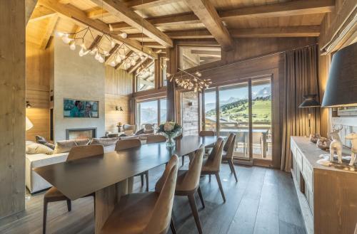 Chalet de luxe à louer COMBLOUX, 1 m², 5 Chambres,