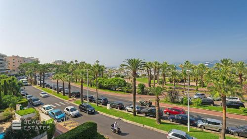 Luxury Apartment for rent CANNES, 145 m², 3 Bedrooms,