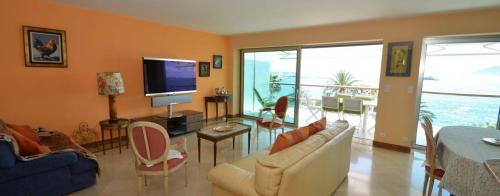 Luxury Apartment for rent CANNES, 96 m², 2 Bedrooms,