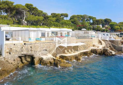 Вилла класса люкс на продажу  Кап д'Антиб, 200 м², 10500000€