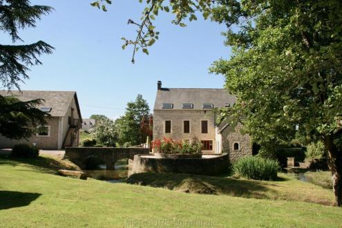 Casa di lusso in vendita BAYEUX, 700 m², 25 Camere