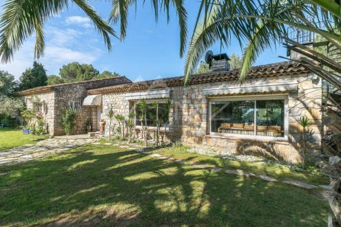 Villa de luxe à vendre BIOT, 211 m², 4 Chambres, 950000€