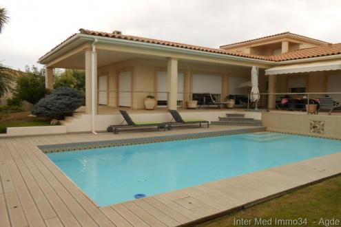 Villa de luxe à louer BEZIERS, 200 m², 4 Chambres