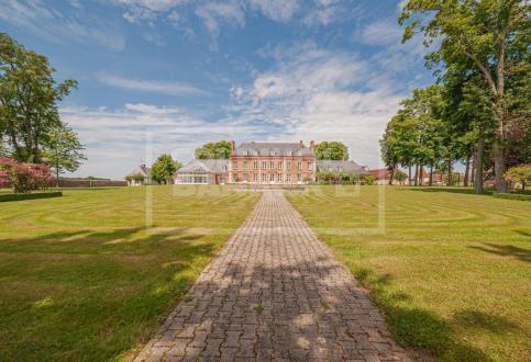 Castello/Maniero di lusso in vendita MERU, 2000 m², 2999000€