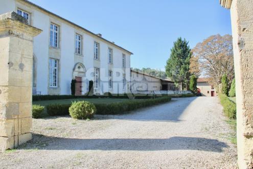 Château / Manoir de luxe à vendre SAINT PEY DE CASTETS, 1500 m², 3780000€