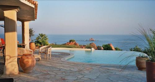 Propriété de luxe à vendre PORTO VECCHIO, 300 m², 8 Chambres, 2900000€