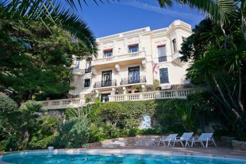 Maison de luxe à louer CAP D'AIL, 580 m², 6 Chambres