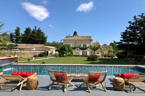 Luxury House for rent L'ISLE SUR LA SORGUE, 350 m², 5 Bedrooms,