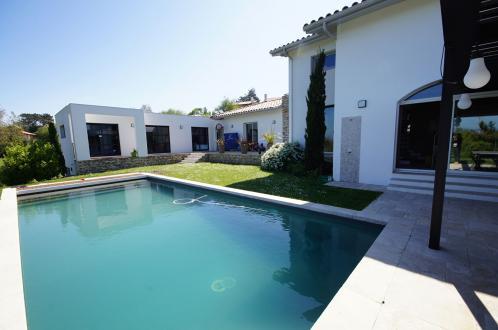 Maison de luxe à louer SAINT JEAN DE LUZ, 280 m², 5 Chambres