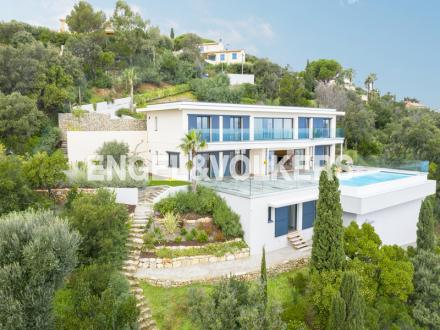 Luxus-Villa zu verkaufen LES ISSAMBRES, 328 m², 7 Schlafzimmer, 3950000€