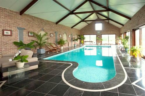Villa de luxe à vendre ESTINNES, 650 m², 6 Chambres