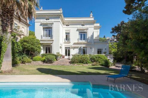 Maison de luxe à vendre MARSEILLE, 500 m², 6 Chambres, 3200000€