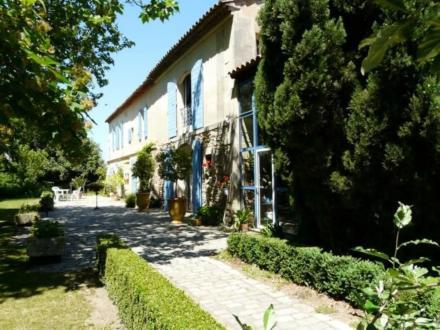 Luxus-Liegenschaft zu verkaufen ARLES, 310 m², 6 Schlafzimmer, 795000€