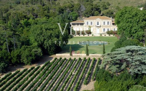 Propriété équestre et viticole de luxe à vendre NARBONNE, 3604000€