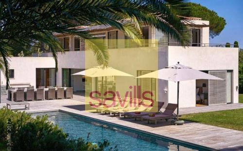 Maison de luxe à louer GASSIN, 237 m², 5 Chambres